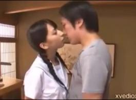 اليابانية فتاة في سن المراهقة استمناء