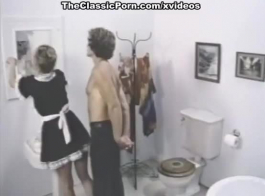 الإباحية الكلاسيكية مع الجمال الهنغاري مع شعر الغراب وحلق كس